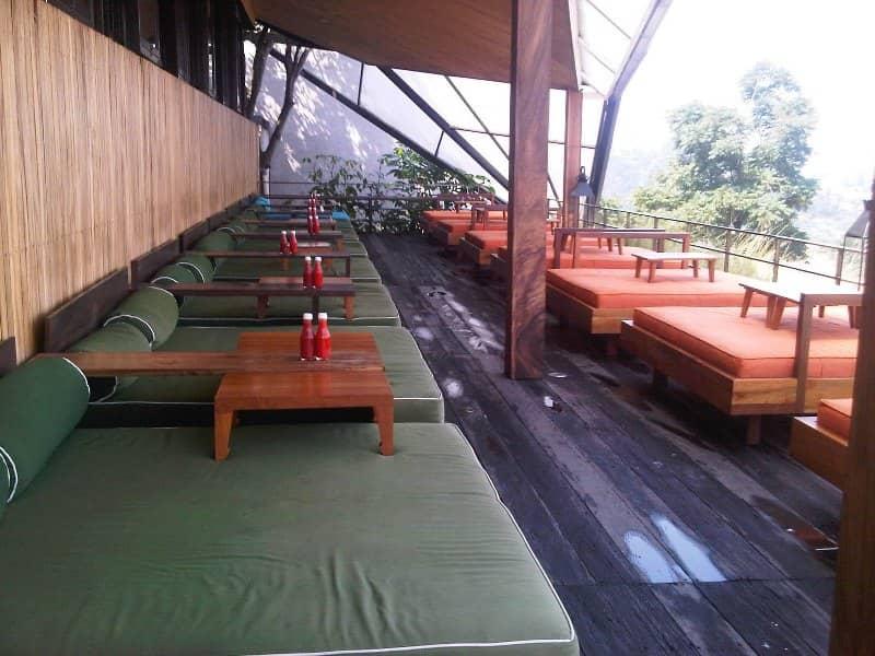 11 Tempat Makan Romantis Di Bandung Paling Top Tempat