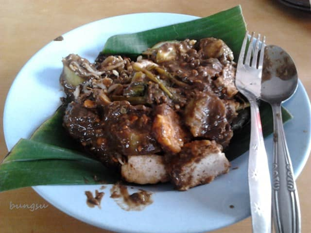 20 Tempat Wisata Kuliner Di Surabaya Enak Paling Recommended Tempat Wisata Kuliner Di Surabaya