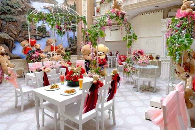 tempat makan unik di surabaya