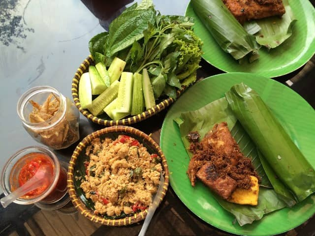 20 Makanan Khas Bandung Paling Hits Rekomended Makanan Khas
